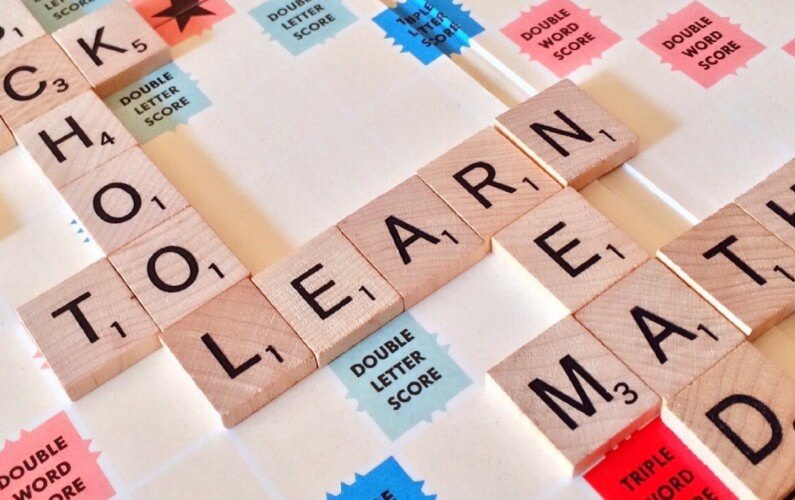 Top 5 reasons why students should learn the global language: English language?